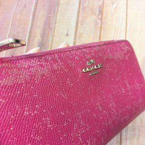 ピンクのコーチ財布の染色ビフォー
