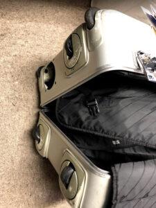メルセデスベンツスーツケース